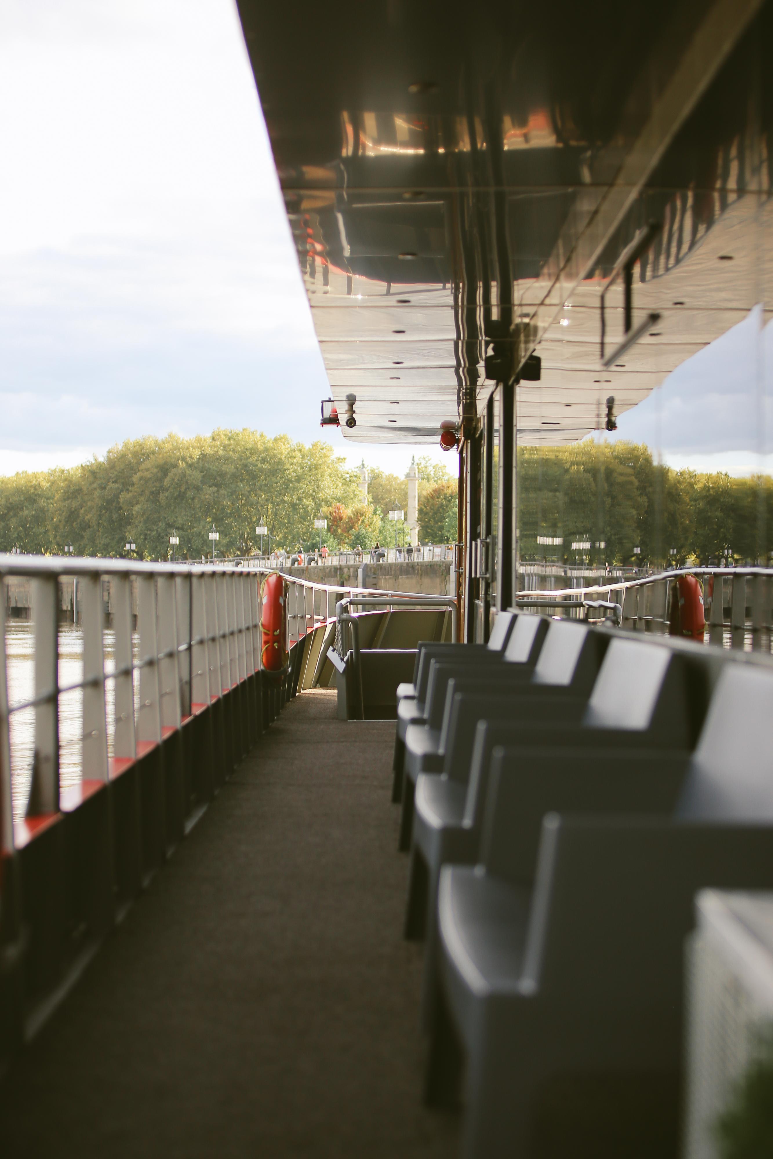 Afterwork_River_Cruise_sur_le_Sicambre_Photographe_d_evenements corporate_christophe_boury_www.photographe-33.fr_HD_IMG_1807